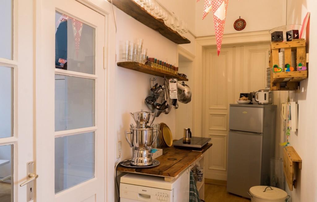 theloversspace19_kitchen
